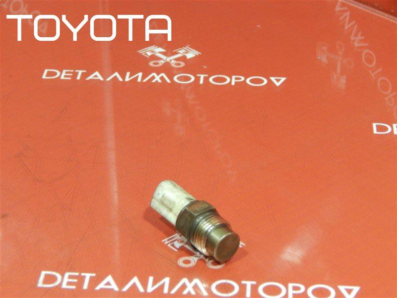 Датчик температуры охлаждающей жидкости Toyota Avensis AT220L 4A-FE