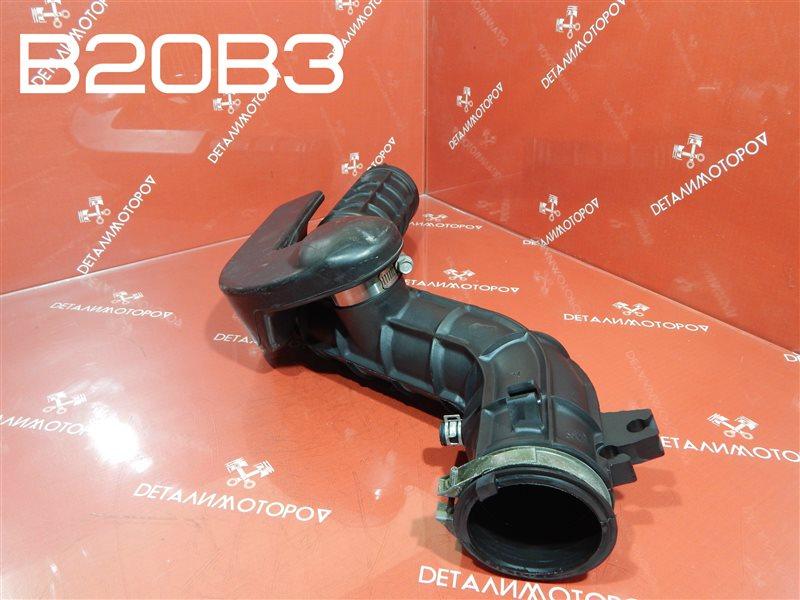 Патрубок воздушного фильтра Honda Cr-V GF-RD1 B20B3