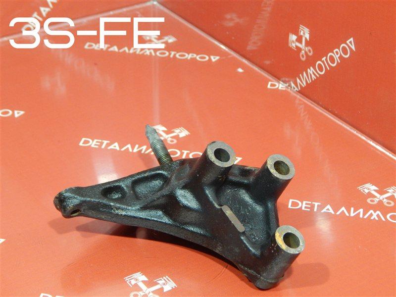 Кронштейн опоры двигателя Toyota Avensis E-ST190G 3S-FE
