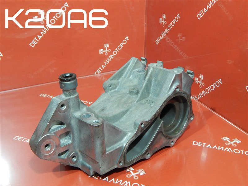 Корпус помпы Honda Accord CL K20A6