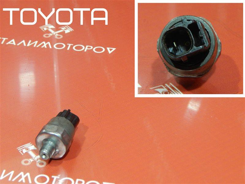 Датчик давления масла Toyota Avensis AT220L 4A-FE