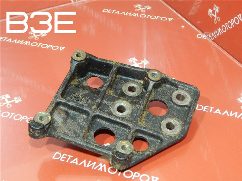 Крепление компрессора кондиционера Mazda Demio LA-DW3W B3E