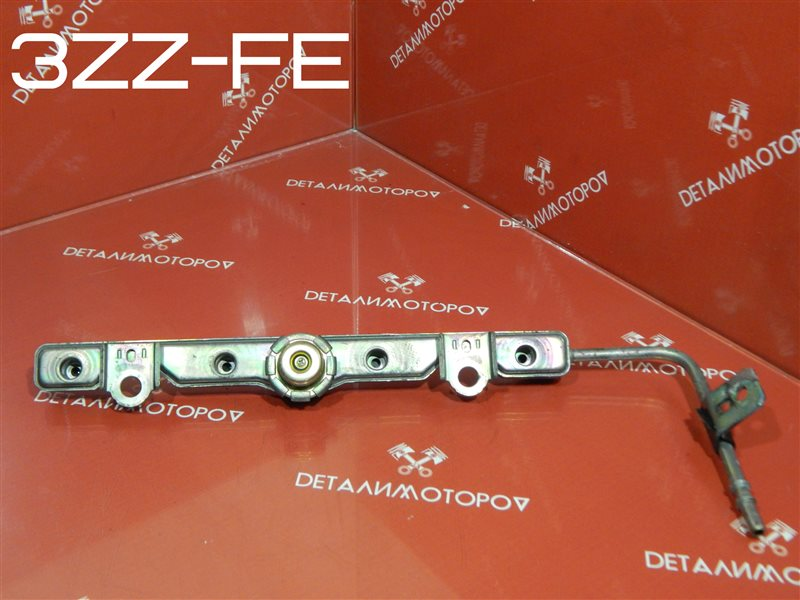 Регулятор давления топлива Toyota Avensis ZZT220 3ZZ-FE