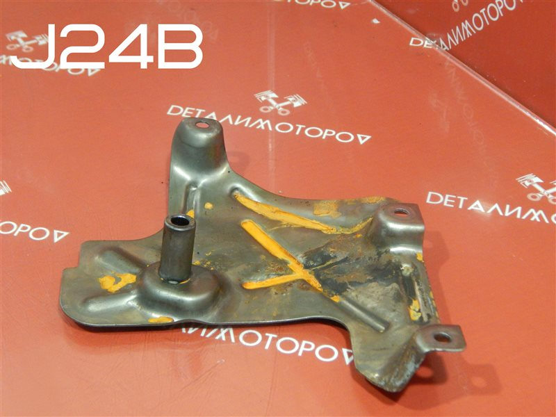 Маслоотражатель Suzuki Escudo CBA-TDA4W J24B