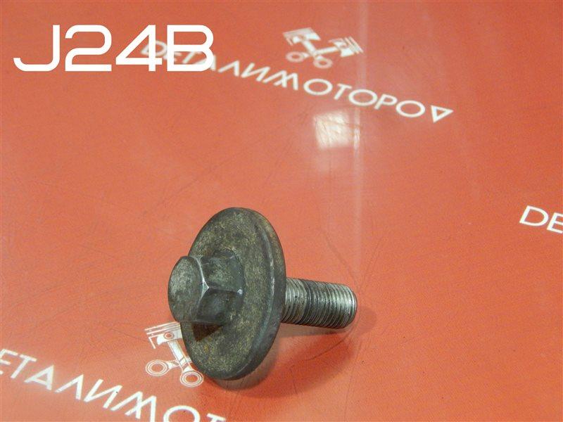 Болт коленвала Suzuki Escudo CBA-TDA4W J24B