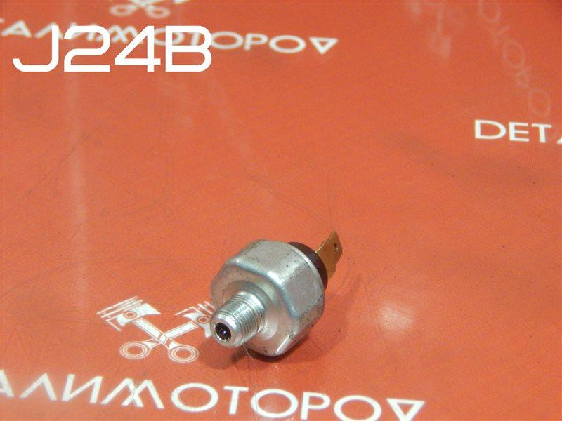 Датчик давления масла Suzuki Escudo CBA-TDA4W J24B