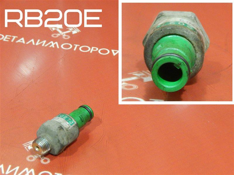 Датчик детонации Nissan Cefiro E-LA31 RB20E