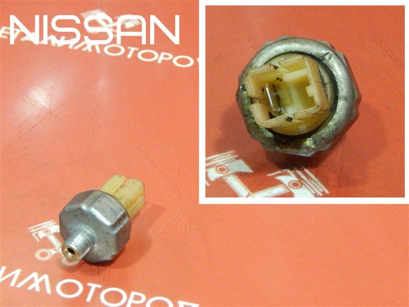 Датчик давления масла Nissan Cefiro E-LA31 RB20E