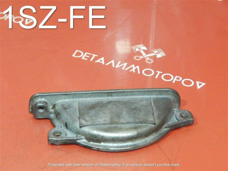 Крышка лобовины Toyota Echo SCP11 1SZ-FE