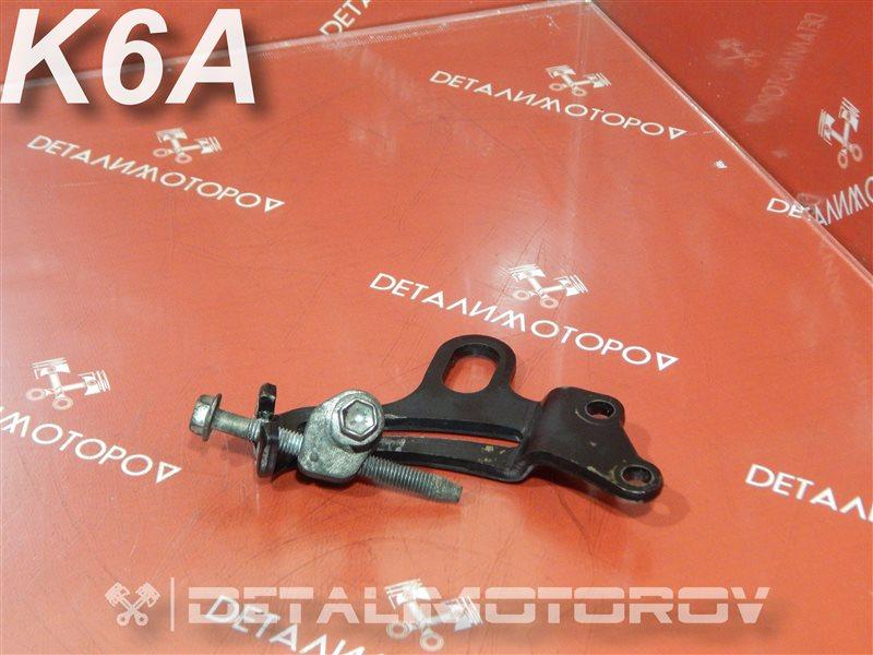Натяжитель ремня генератора Suzuki Alto DBA-HA25S K6A