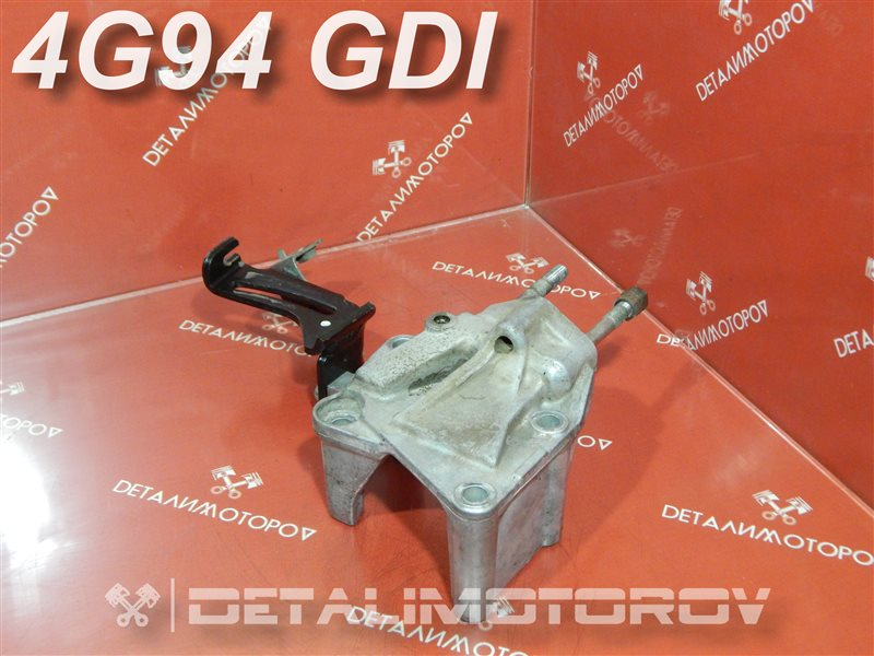 Кронштейн опоры двигателя Mitsubishi Aspire GH-EC7A 4G94