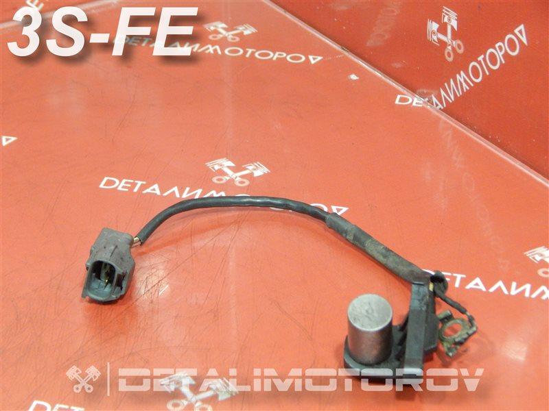 Датчик положения коленвала Toyota Avensis E-ST190G 3S-FE
