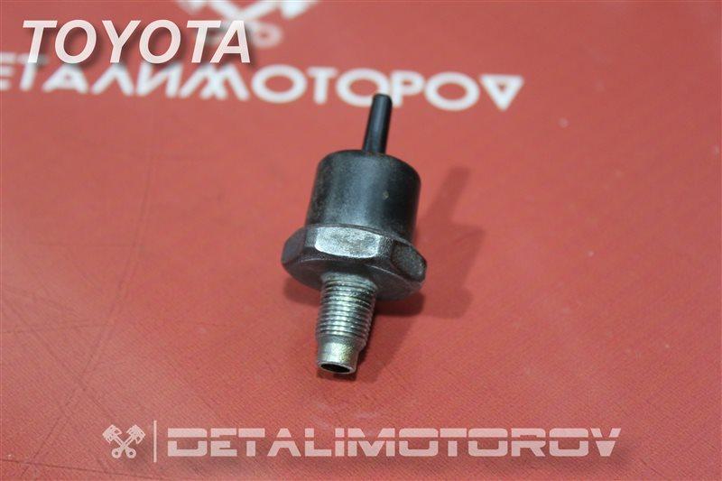 Фильтр паров топлива Toyota Mark Ii GX105 1G-FE