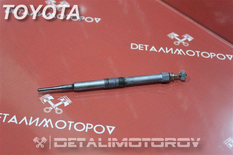 Свеча накаливания Toyota Auris NDE150 1ND-TV