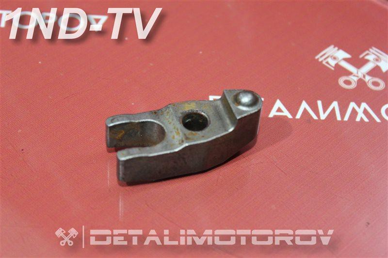 Кронштейн форсунки Toyota Auris NDE150 1ND-TV