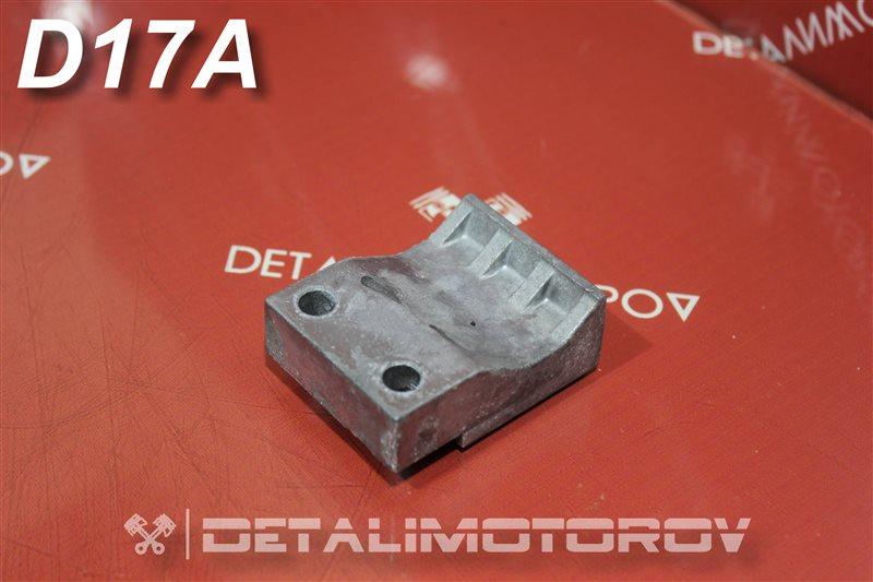Крепление коллектора впускного Honda Civic Ferio ABA-EU4 D17A