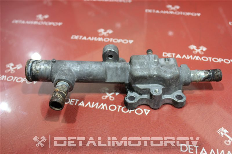 Фланец системы охлаждения Mazda 323 FP-DE