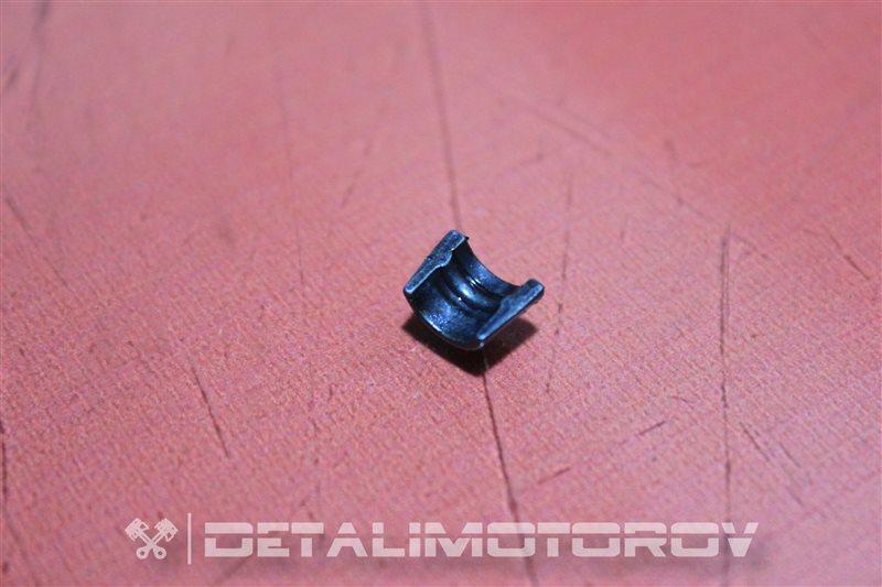 Сухарь клапана Toyota Auris 1ND-TV