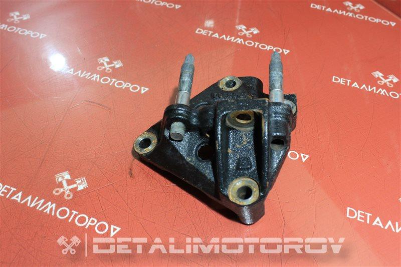 Кронштейн опоры двигателя Toyota Auris 1ND-TV