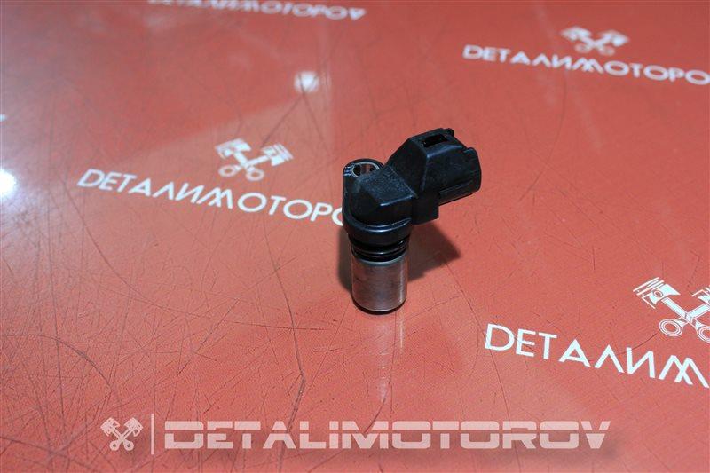 Датчик положения коленвала Toyota Auris 1ND-TV