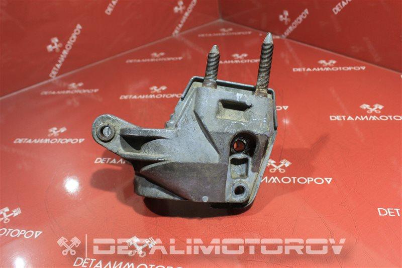 Кронштейн опоры двигателя Honda Civic Ferio D17A