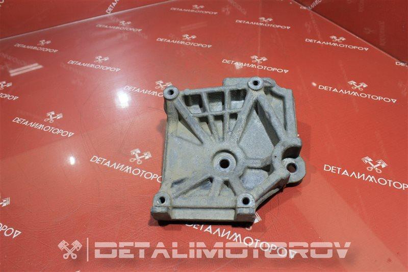Крепление компрессора кондиционера Mitsubishi Airtrek 4G63