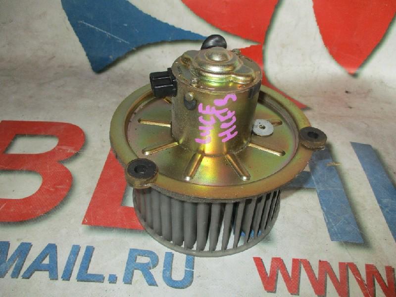 Мотор печки Mazda Luce HCFS