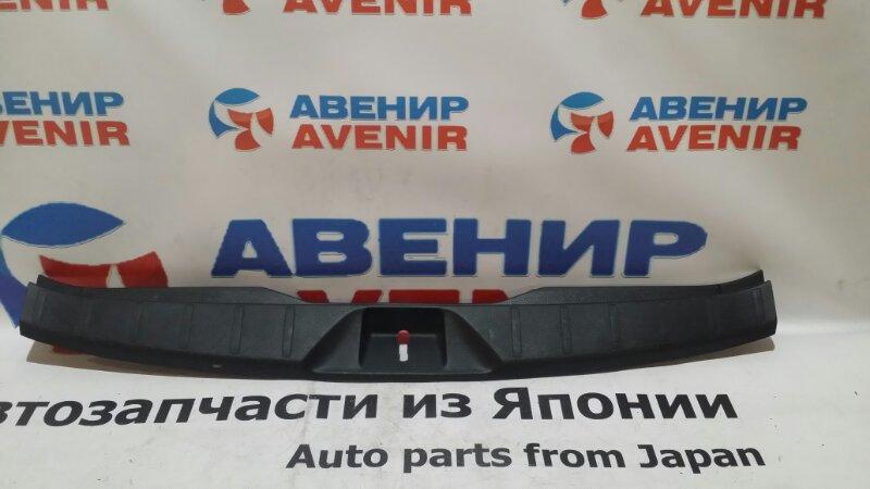 Пластик замка багажника Subaru Forester SJ5