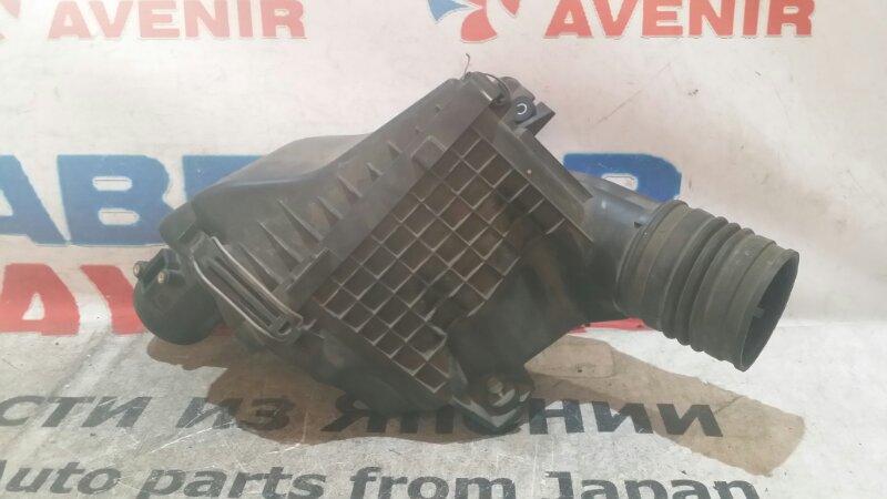 Корпус воздушного фильтра Honda Step Wagon RK1 R20A