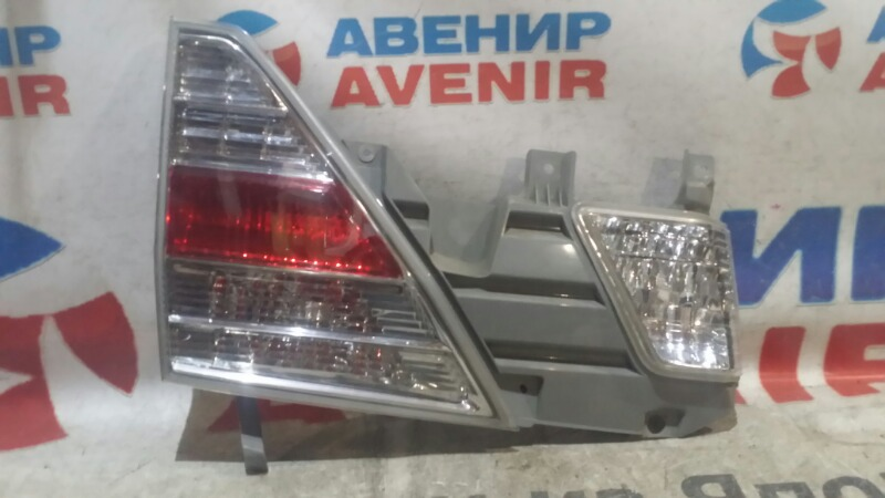 Стоп-вставка Toyota Alphard ATH10W задняя левая