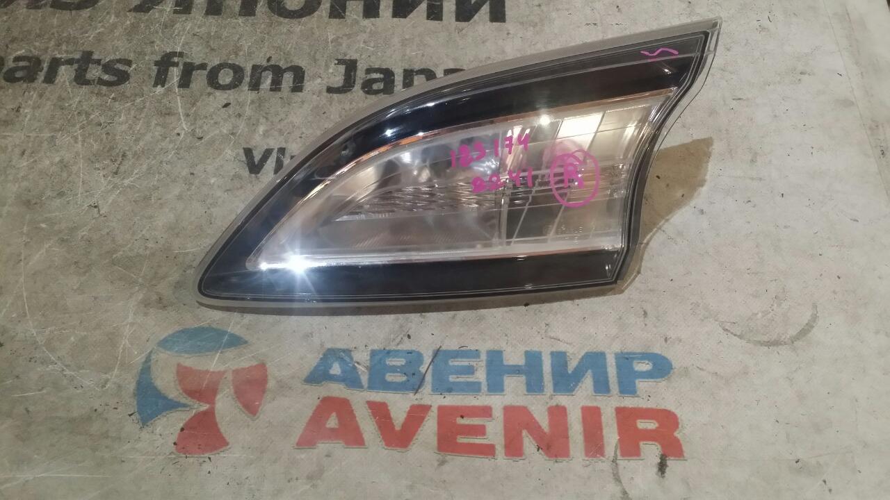 Стоп-вставка Mazda Axela BL5FW задняя правая