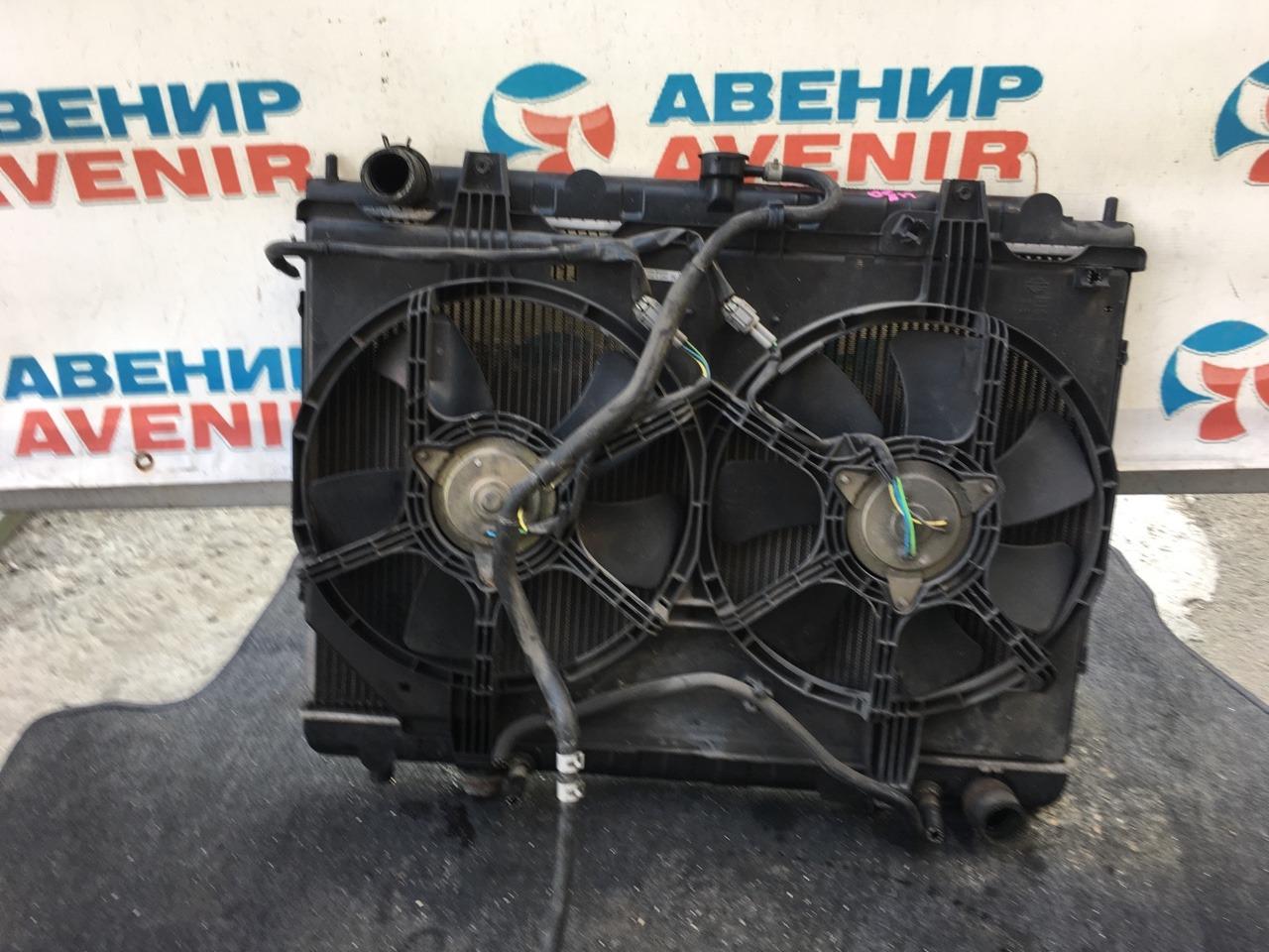 Радиатор Nissan Bassara U30 VQ30