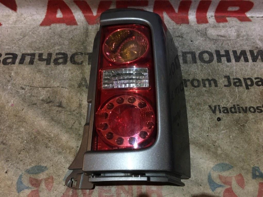 Стоп-сигнал Nissan Elgrand E51 задний правый