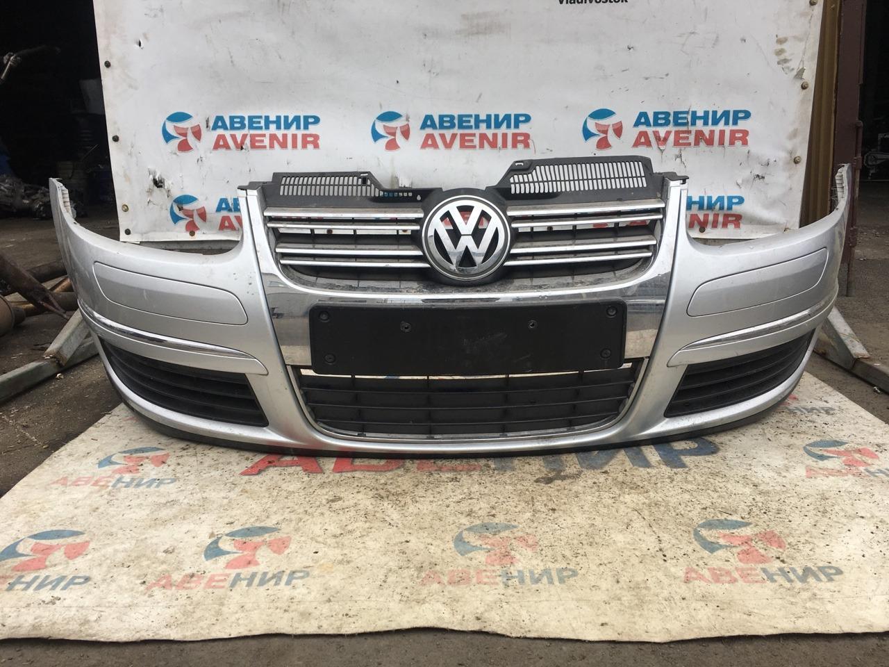 Бампер Volkswagen Golf 5K1 2010 передний