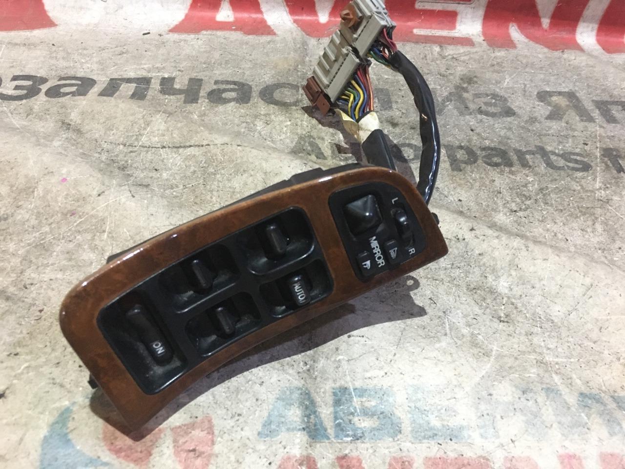 Блок управления стеклами Honda Legend KA7 передний правый