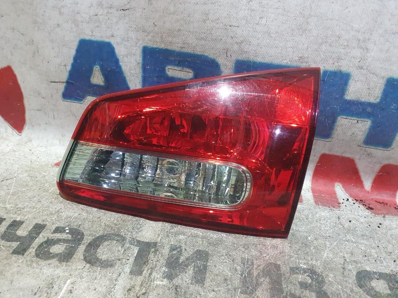 Стоп-вставка Nissan Wingroad Y12 задняя правая