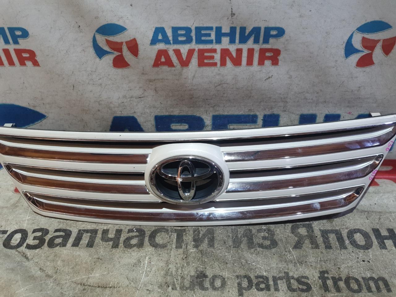 Решетка Toyota Ipsum ACM21