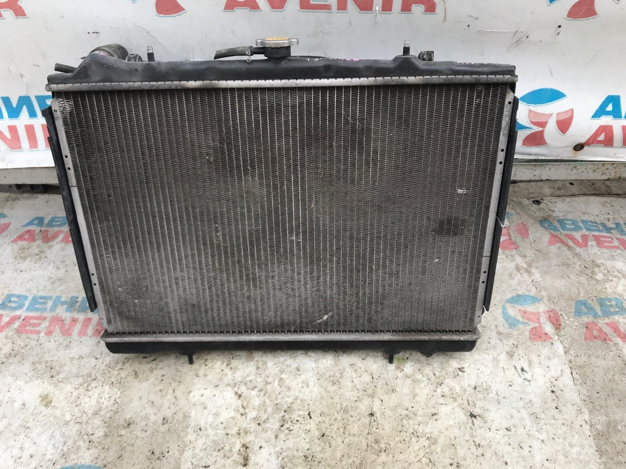 Радиатор Nissan Cedric Y31 NA20