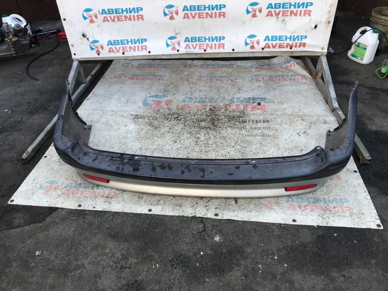 Бампер Toyota Carib AE111 задний