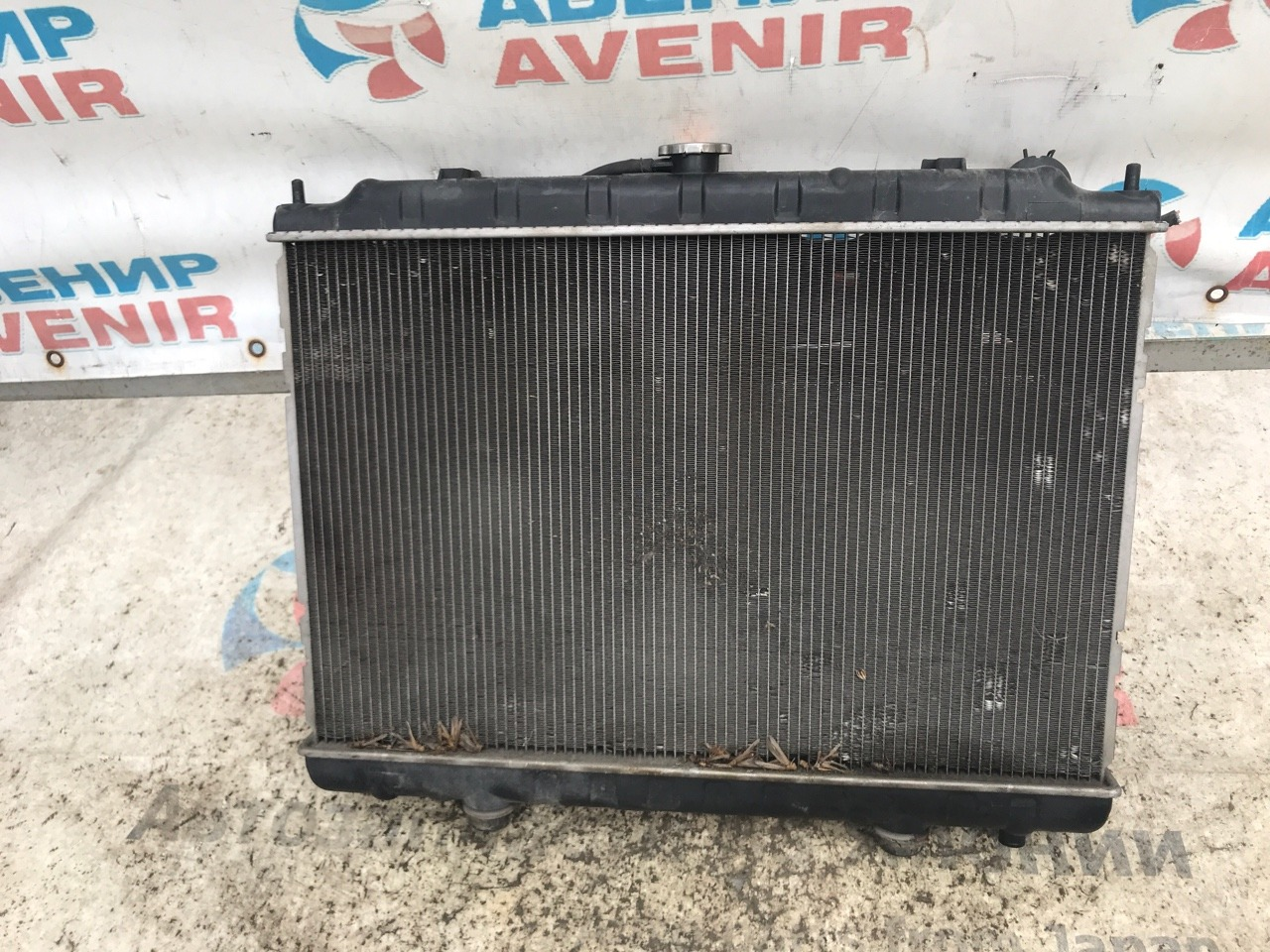 Радиатор Nissan Presage U30 KA24