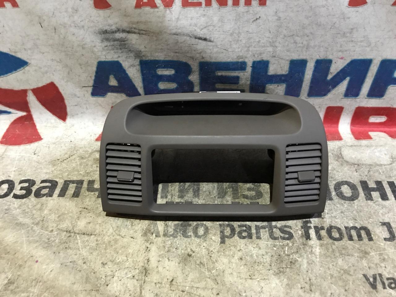 Консоль магнитофона Toyota Camry ACV30