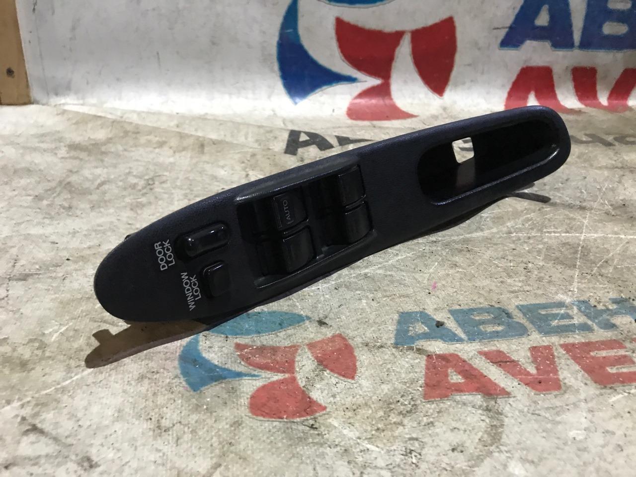 Блок управления стеклами Toyota Windom VCV10 3VZ-FE передний правый