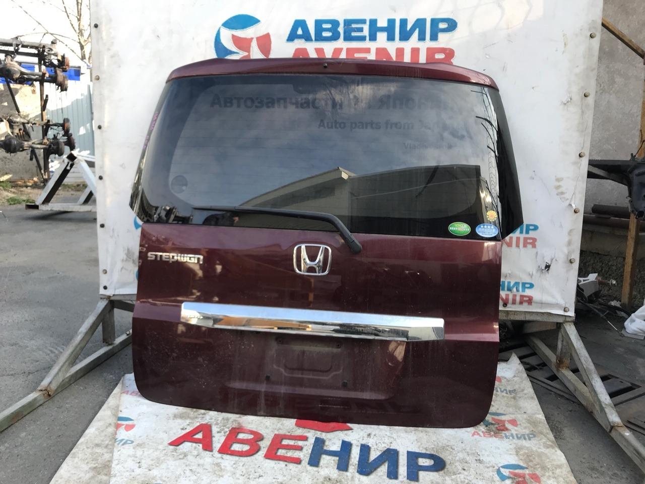 Дверь задняя Honda Step Wagon RK1. RK2. RK3. RK4