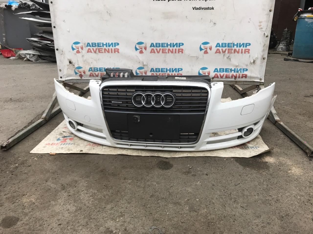 Бампер Audi A4 передний