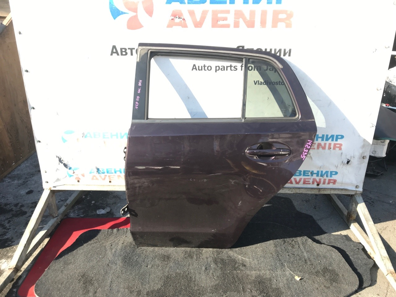 Дверь Toyota Ist NCP110 задняя левая