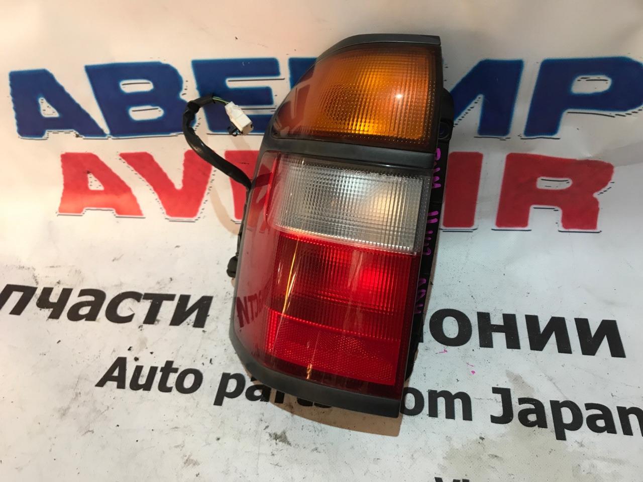 Стоп-сигнал Nissan Prairie Joy M11 задний левый