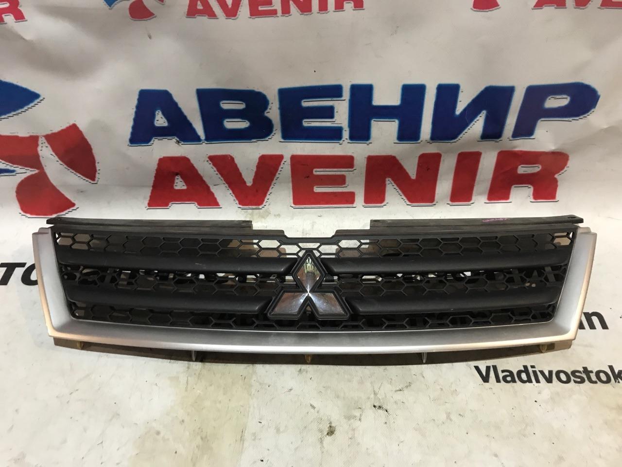 Решетка Mitsubishi Outlander CW4W