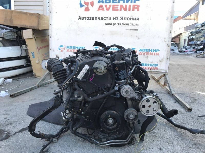 Двигатель Audi A5 WAUZZZ8T1BA CDN