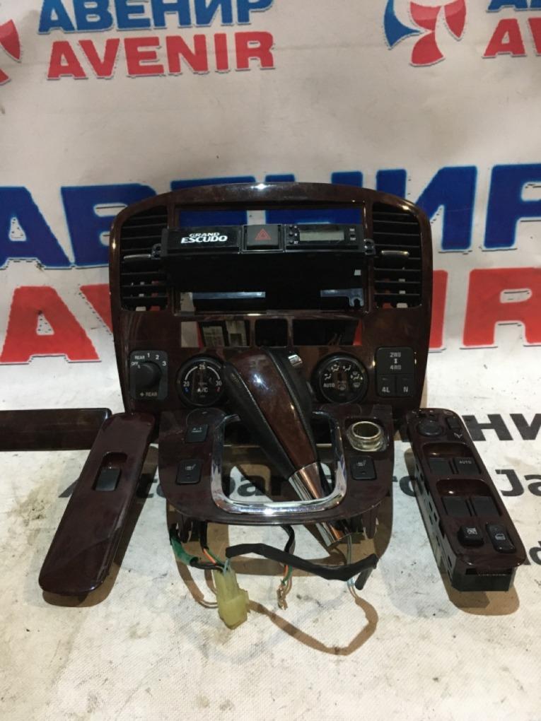 Рамка магнитофона Suzuki Grand Escudo TX92W