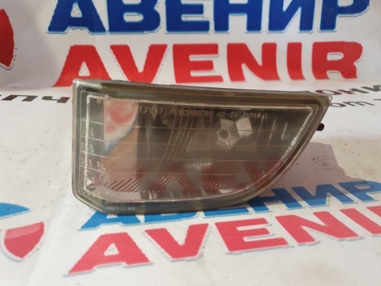 Туманка Toyota Rav4 ACA21 левая